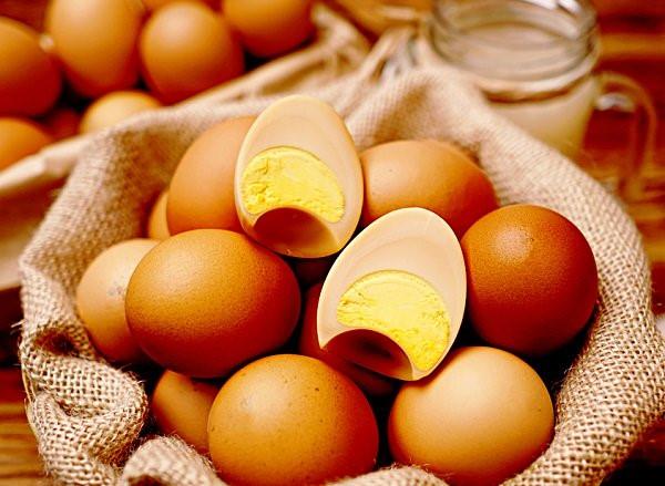 Da đẹp nhanh chóng với cách trị mụn bằng trứng gà