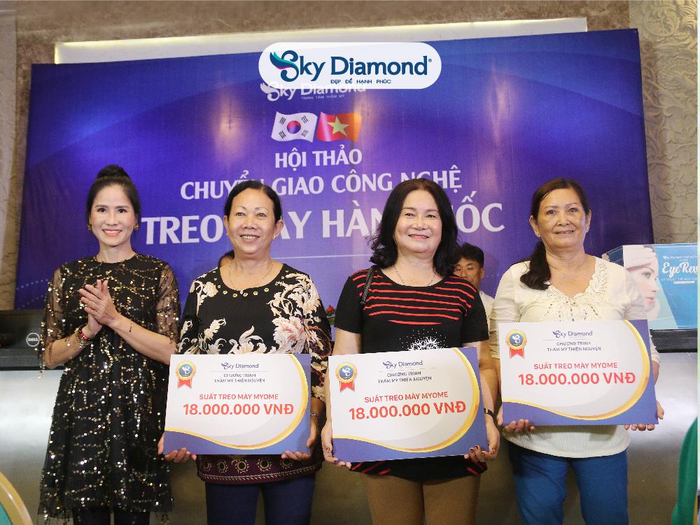 Diễn viên Đào Vân Anh cùng Sky Diamond thực hiện nhiều chương trình thiện nguyện ý nghĩa