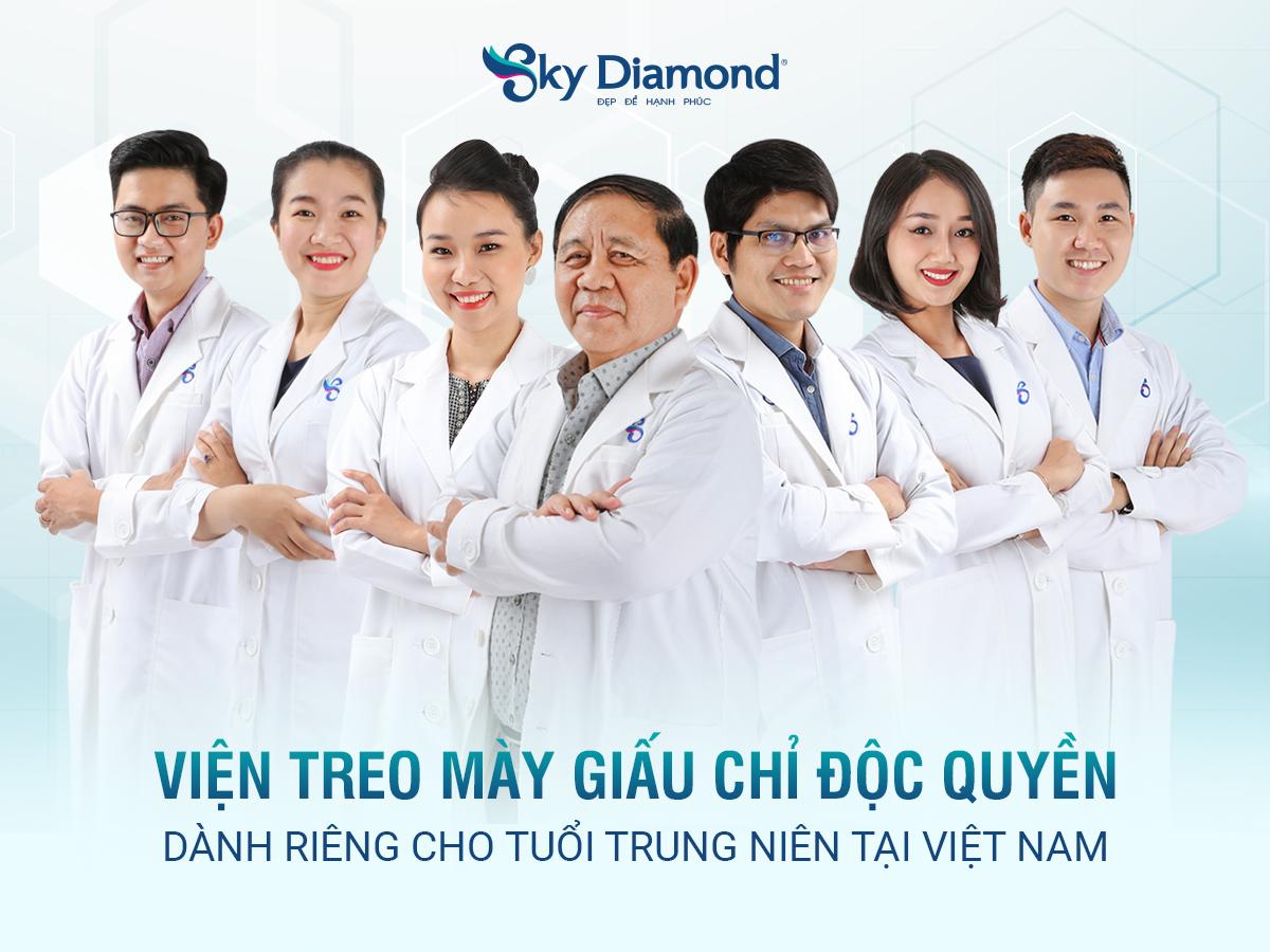 Vien-treo-may-doc-quyen-gianh-rieng-tuoi-trung-nien